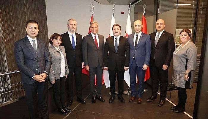 Vali Orhan Tavlı ve Turizmciler İstanbul'da Görüşmeler Gerçekleştirdiler