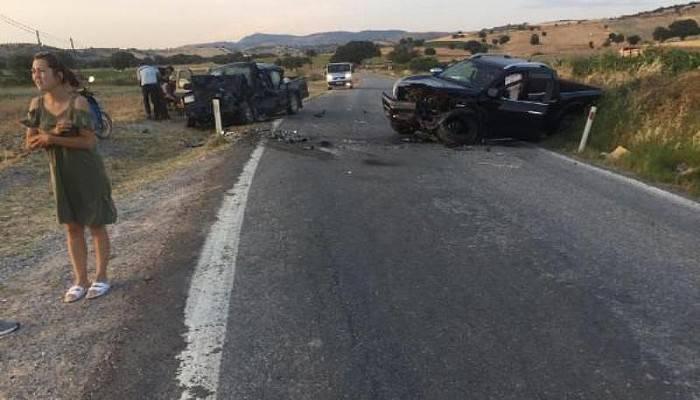 Çanakkale'de İki Ticari Araç Çarpıştı: 1 Ölü, 7 Yaralı