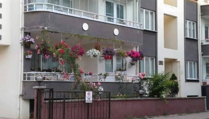 En güzel çiçekli balkonlar seçildi