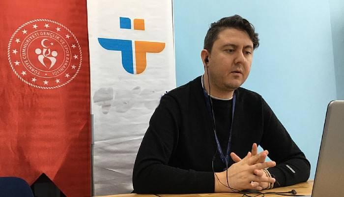 Üç günde 100 öğrenciye online iş kulübü eğitimi düzenlendi