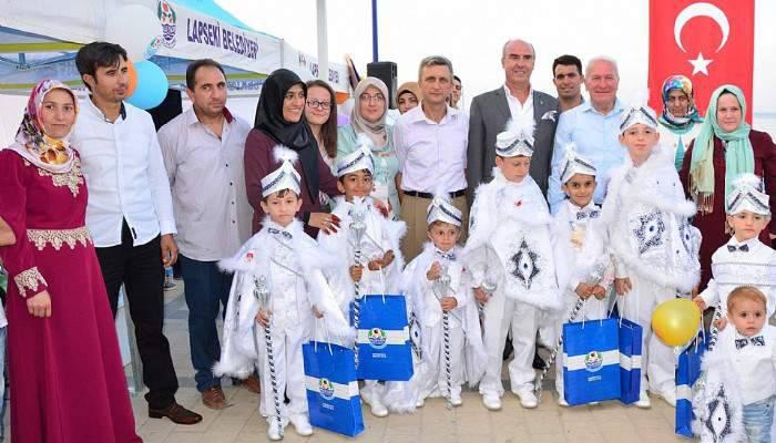Lapseki'de 3'üncü geleneksel toplu sünnet programı