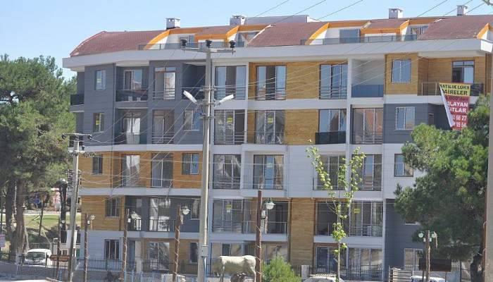 Ayvacık'ta İnşaatın 3. Katından Düşen İşçi Yaralandı