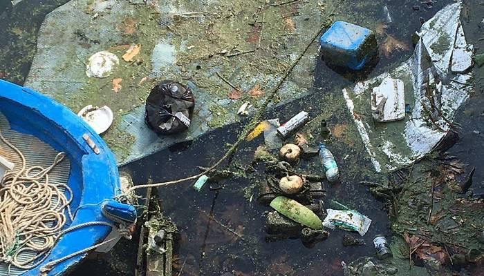 Sarıçay'ın çevresi çöplerle dolu