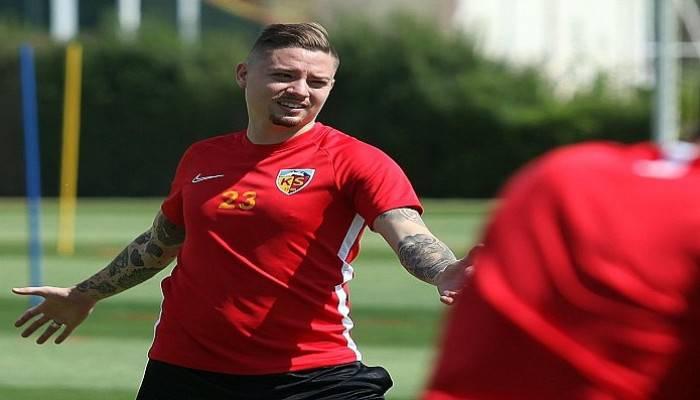 Kayserispor'un yeni transferlerin forma numaraları belli oldu