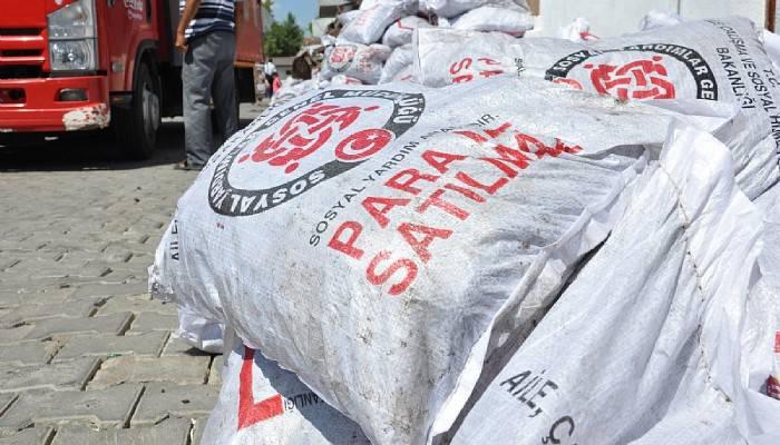 Lapseki'de yardım kömürü dağıtımları başladı