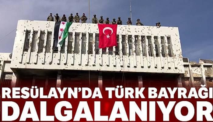 Rasülayn'da Türk bayrağı dalgalanıyor