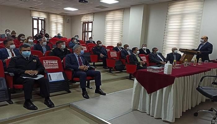 Biga'da Pandemi Toplantısı, Vali Aktaş başkanlığında yapıldı