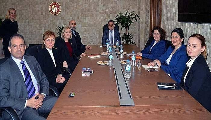 Rektör Türkiye Bilişim Vakfı yöneticilerini ağırladı