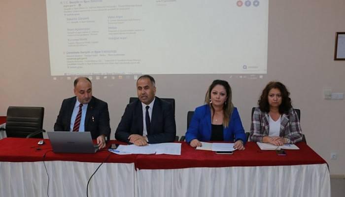 Biga İlçesinde Okul Müdürler Toplantısı Yapıldı