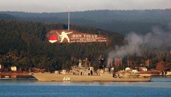 Rus savaş gemisi 'Koramiral Kulakov' Akdeniz'e iniyor (VİDEO)