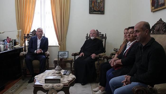 Başkan Çetin'den Kilise Metropolitine Başsağlığı Ziyareti
