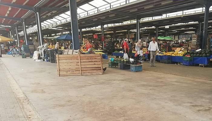 Korona virüsü şüphelisi Çetmi köylüleri pazardan çıkarıldı