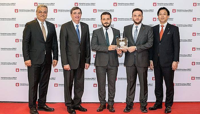 """Toyota'nın En Büyük Ödülü """"Ichıban"""" Plaza Aydoğan'ın Oldu"""
