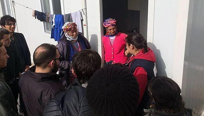 Gönüllü öğrencilerinden Ayvacık'a manevi destek