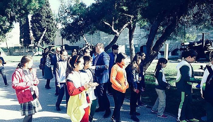 Öğrenciler Çanakkale'nin şifrelerini çözüyor