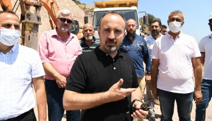 Turan, Assos'taki kaya ıslahı çalışmalarını inceledi