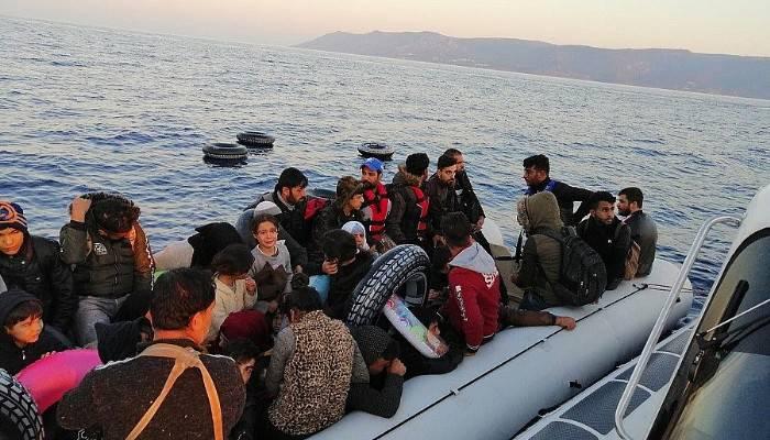 77'si çocuk 162 düzensiz göçmen ölümü göze alarak çıktıkları yolculukta yakalandı