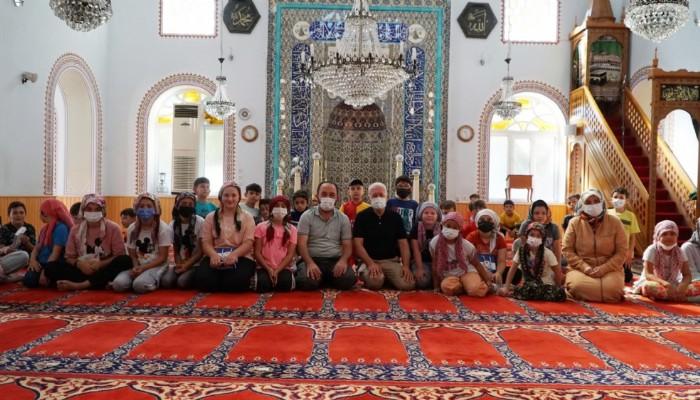 Belediye Başkanı Yılmaz Yaz Kur'an Kursu öğrencilerini ziyaret etti