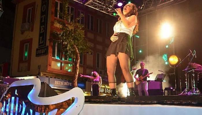 Gelibolu Festivali'nde Sertab Erener rüzgarı (VİDEO)