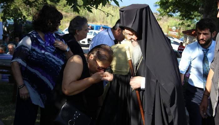 Bozcaada'da Aya Paraskevi Günü ayini (VİDEO)
