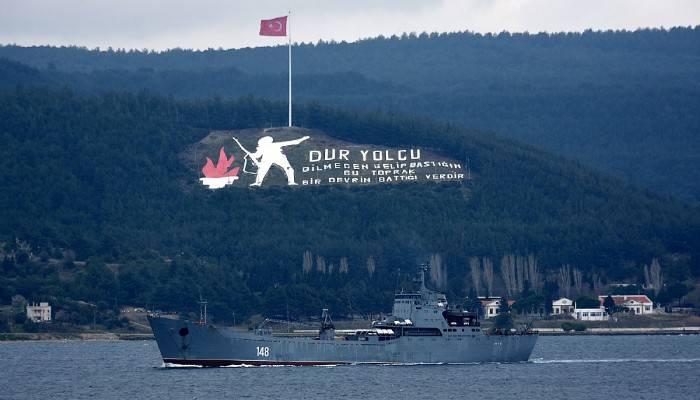Rus savaş gemisi 'Orsk' Akdeniz'e iniyor