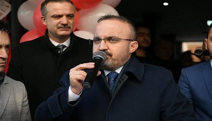 """""""O bayrağa uzanan el kırılır'' (VİDEO)"""
