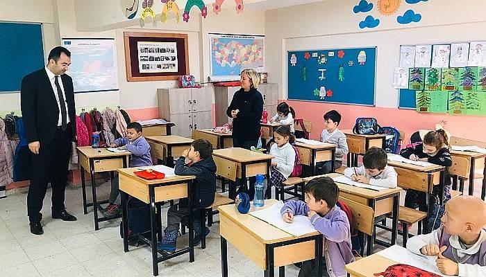 İl Müdürü Yılmaz, Okul Gezilerine Devam Ediyor