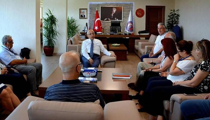 Yaz Bilim Kampı Proje Ekibinden Rektör Murat'a ziyaret