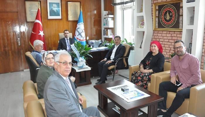 AK Parti Merkez İlçeden Milli Eğitim Müdürlüğüne Ziyaret