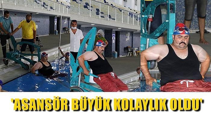 Çanakkale'de engelliler havuza asansörle girip, çıkıyor