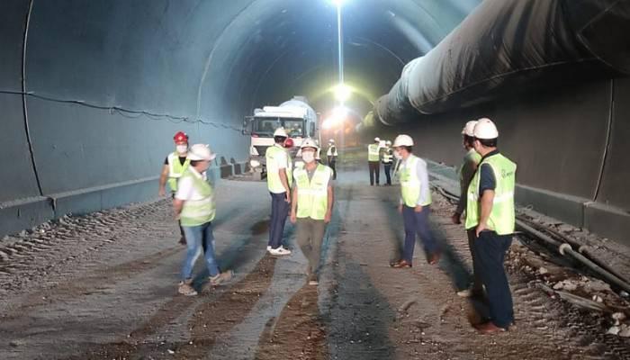 Vali İlhami AKTAŞ, Ayvacık -Küçükkuyu Tünellerinde İncelemelerde Bulundu