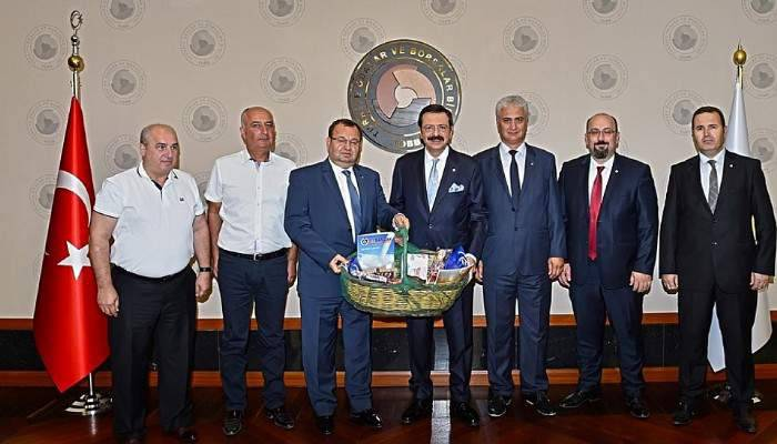 Biga TSO heyeti TOBB başkanı Hisarcıklıoğlu'nu ziyaret etti