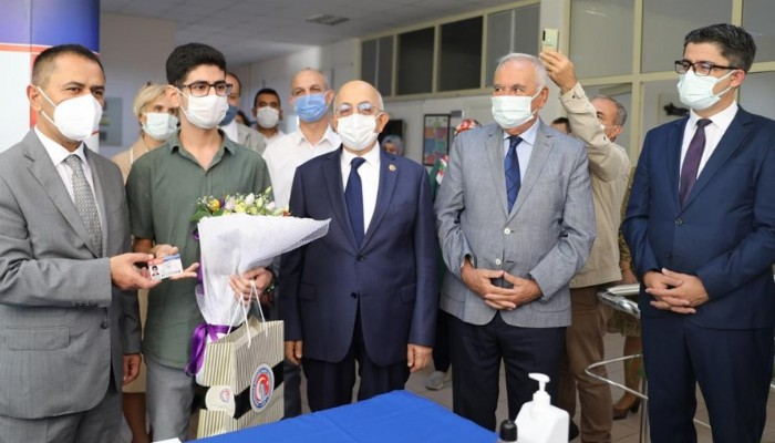 ÇOMÜ Tıp Fakültesi'ne İlk Öğrenci Kaydı Yapıldı