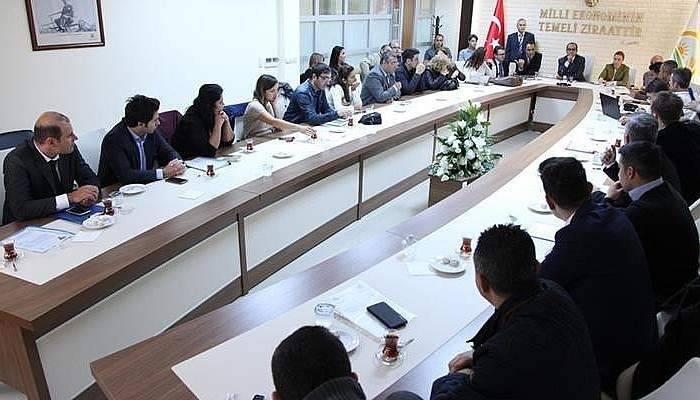 Genç çiftçi projesi değerlendirme toplantısı yapıldı
