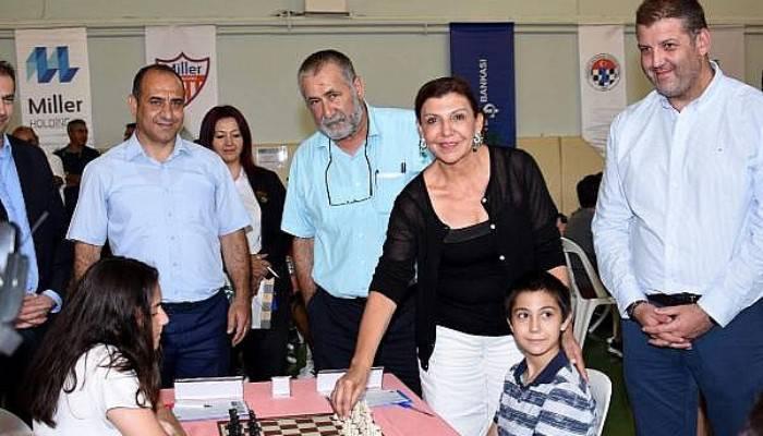 Çanakkale'de Türkiye Gençler Satranç Şampiyonası başladı (VİDEO)
