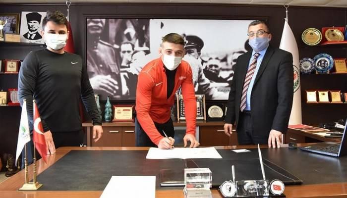 Çan Belediyesi güreş kulübüne yeni transfer
