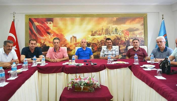 Refik Ulusoy, son toplantısını yaptı