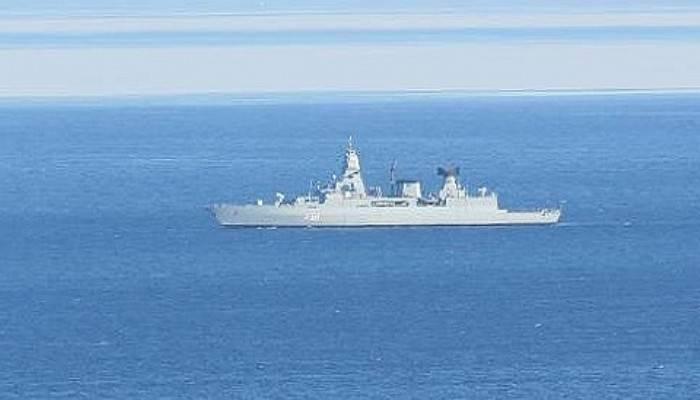 NATO gemisi, Kuzey Ege'de kaçak geçişlere karşı devriye görevi yapıyor (VİDEO)