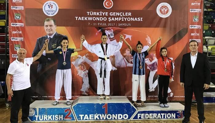 Çanakkale'nin Taekwondodaki Gururu Emine Göğebakan Türkiye Şampiyonu Oldu