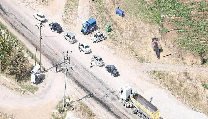 Çanakkale'de helikopterle havadan trafik denetimi