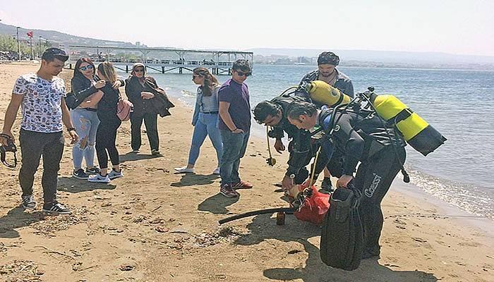 Barış plajında farkındalık çalışması