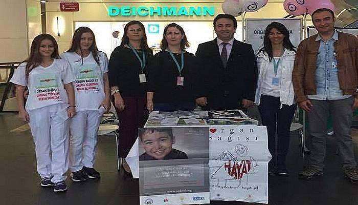 """AVM' de """"Organ Bağışı"""" standı"""