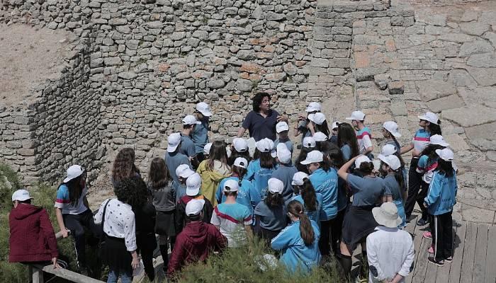 Öğrenciler arkeolojik kazı atölyesinde çalıştı