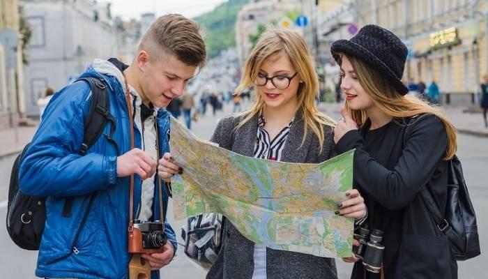 ALAN KILAVUZLUĞU TORBA YASADAN GEÇTİ: 'Çanakkale'de işsiz 210 turist rehberi var'