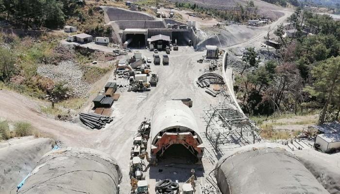 Ayvacık Tünelleri'nde Çalışmalar Aralıksız Devam Ediyor