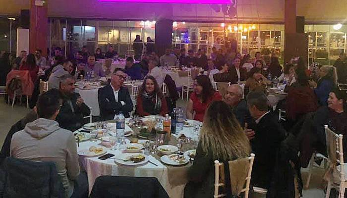 Kepez Belediyesi'nde yılbaşı partisi