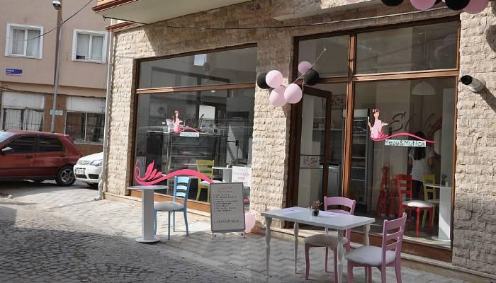 Çanakkale'de farklı bir cafe açıldı