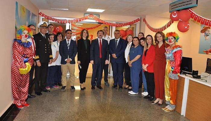 Mehmet Akif Devlet Hastanesinde 23 Nisan Kutlaması