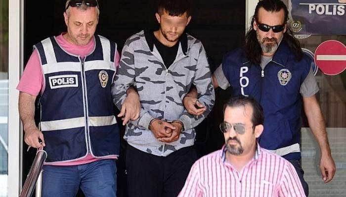 100 bin TL'lik vurgun yapan hırsızlar yakalandı