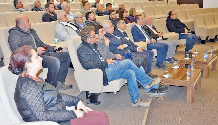 Mesleki yeterlilik konusunda bilgilendirme toplantısı düzenlendi.